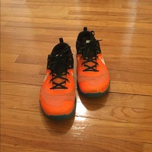 Nike Shoes - RARE Nike Men s Metcon 1 Total Orange Blue Lagoon c63e34031